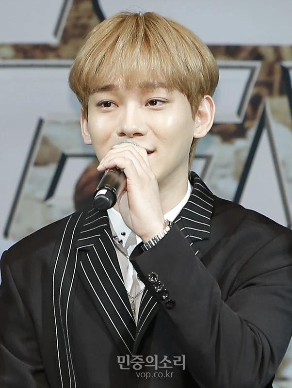 EXO新专辑发布会D.O.吻戏成了讨论热点,成员表示吓到了插图5