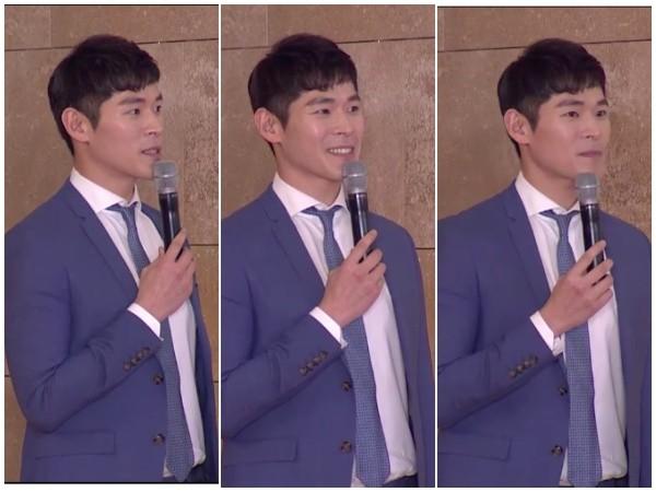 尴尬!韩国颁奖礼红毯出状况,主持人苦等10分钟没人来接受采访!插图6