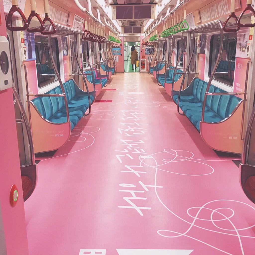 防弹少年团粉丝大手笔包下地铁车厢为成员庆生,引发韩国网友热议插图4