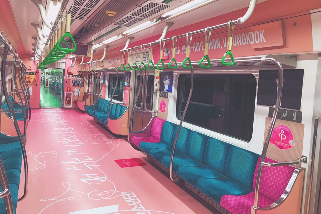 防弹少年团粉丝大手笔包下地铁车厢为成员庆生,引发韩国网友热议插图5