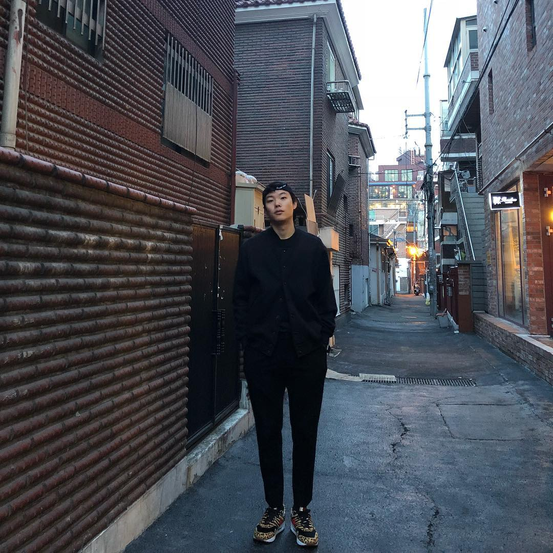 越看越有魅力!韩国新一代丑帅代表柳俊烈,陷入就无法逃脱的魅力插图3