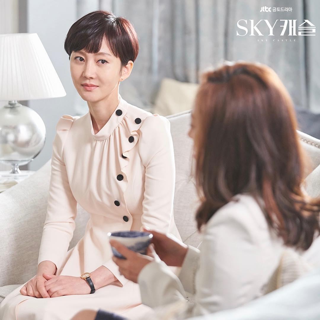 打败《男朋友》及《阿尔罕布拉宫的回忆》拿下收视冠军,整个韩国都在讨论的是这部剧!插图5