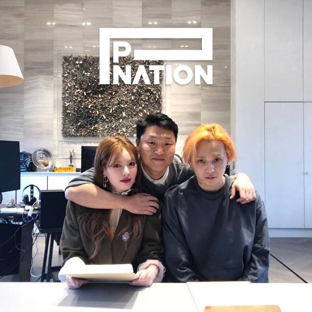 江南style2_泫雅与男友签约加入PSY新成立的经纪公司P NATION,网友:要搞江南 ...