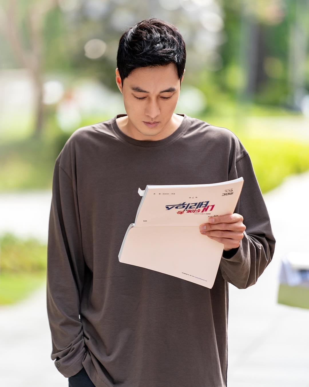 韩剧男神理想型条件大盘点,快来看看你符合哪位韩星的要求?插图6