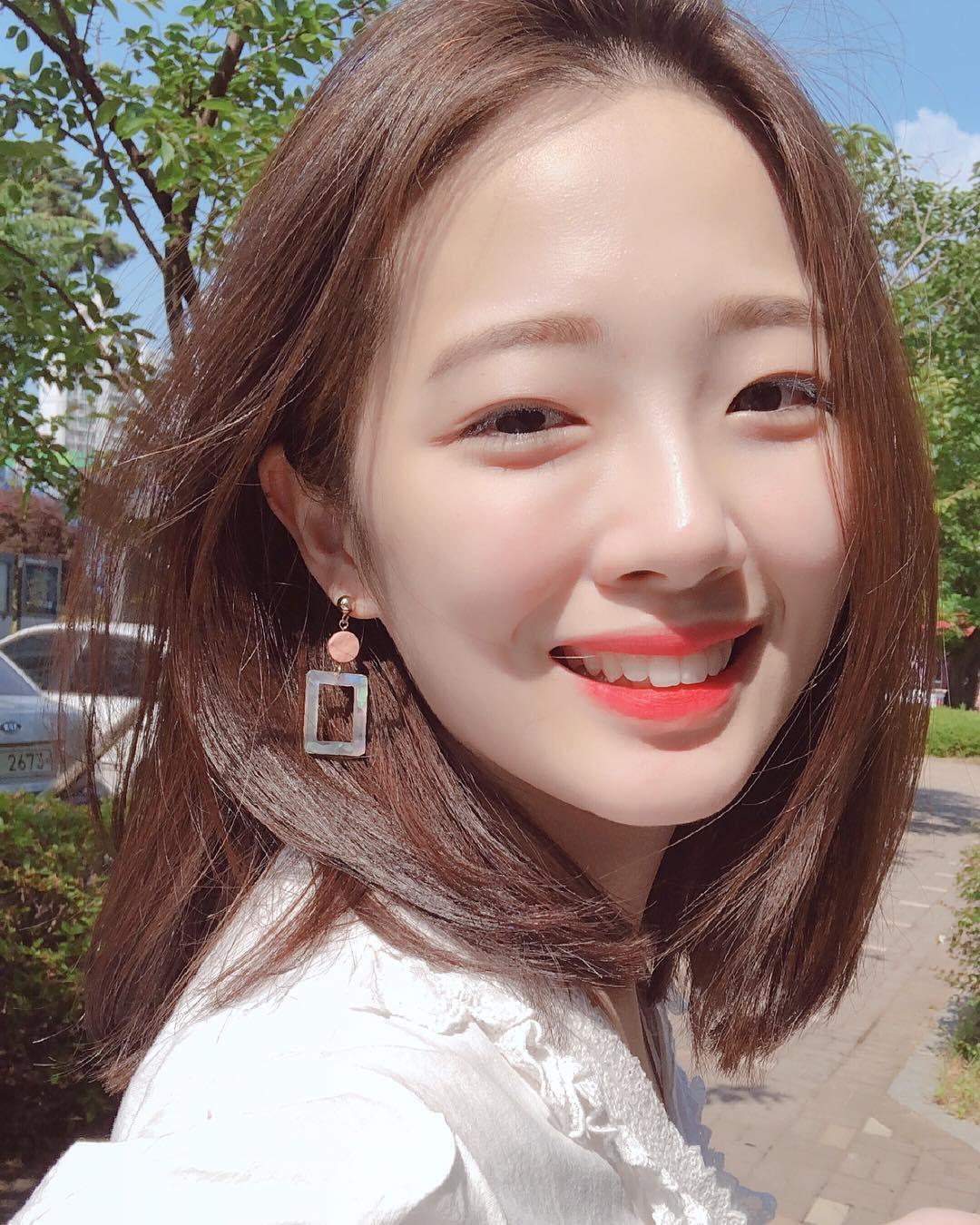 秀智+雪莉+雪莉?因为明星脸这位韩国大学生爆红,进军演艺圈指日可待!插图7