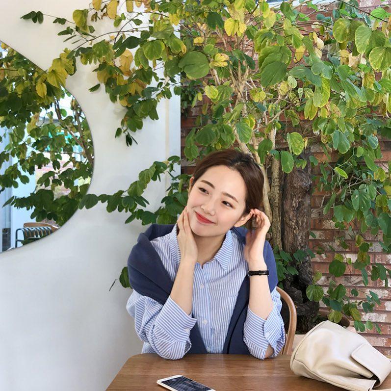 秀智+雪莉+雪莉?因为明星脸这位韩国大学生爆红,进军演艺圈指日可待!插图9
