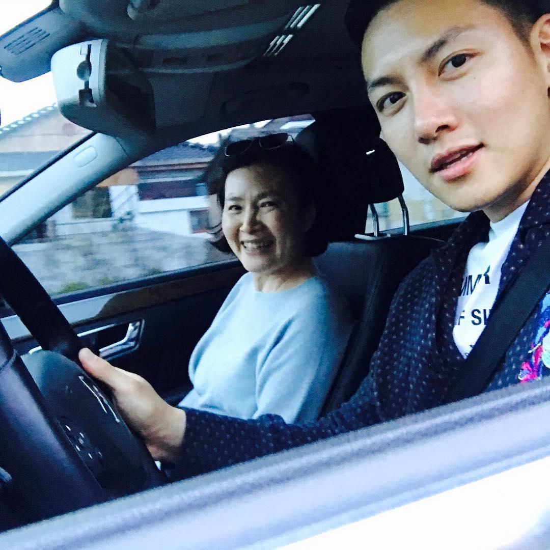 爱家的男人最帅、最有魅力,韩国演艺圈mama boy大盘点!插图1