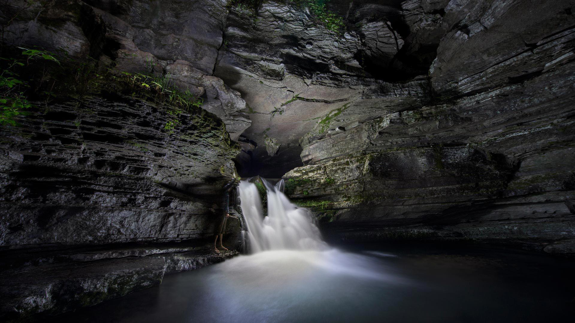身处黑暗却温暖如你 Blanchard Springs Caverns洞穴