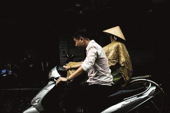 中国工厂,越南江湖:抢巨头订单、同行互撕