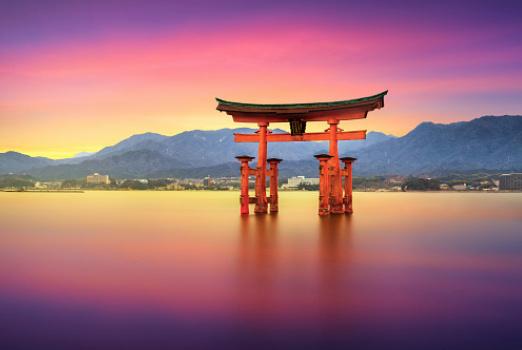 为什么年轻人会丧失欲望?来看看日本的下流时代